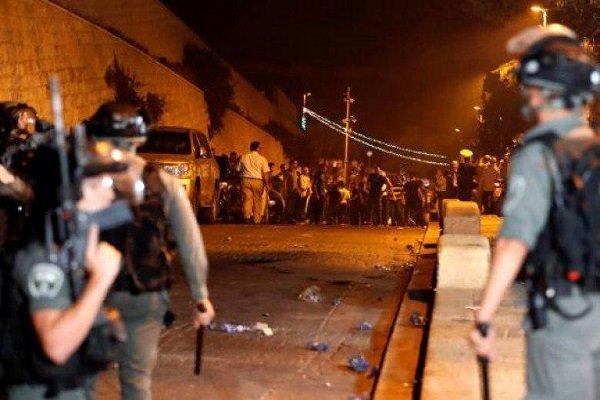 إصابات واعتقالات واسعة عقب اقتحام الاحتلال للمسجد الأقصى