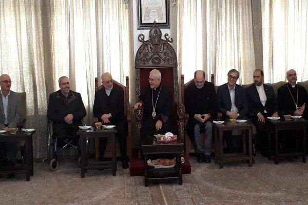 فارغ از مسیحی، مسلمان و یا ازدیگر ادیان بودن،متعلق به ایران هستیم