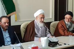 جامعه ای که قرآن را چراغ راه خود کند به سعادت می رسد