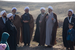حوزه علمیه قزوین در پیگیری بیانیه رهبری پیشقدم باشد