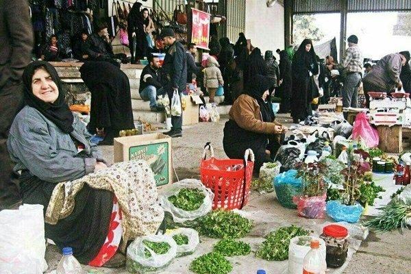 گلایه شهروندان فومنی از سد معبر/ شهرداری ساماندهی کند