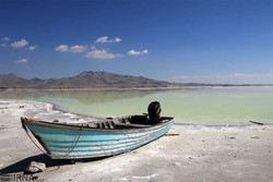 Govt. pledges to increase water level at Lake Urmia