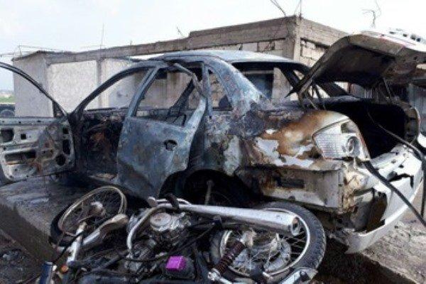 کشمیر میں بھارتی فورسز کی بس کے قریب دھماکہ