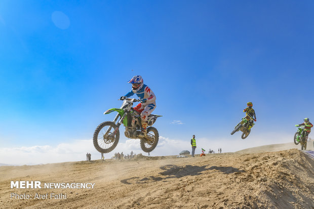 مسابقات کشوری موتورکراس جام شهدای البرز
