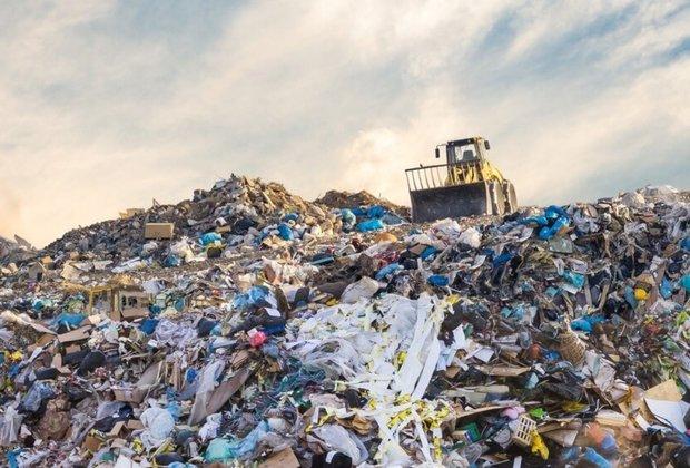 وضعیت دفن زبالههای شهر خورموج مطلوب نیست