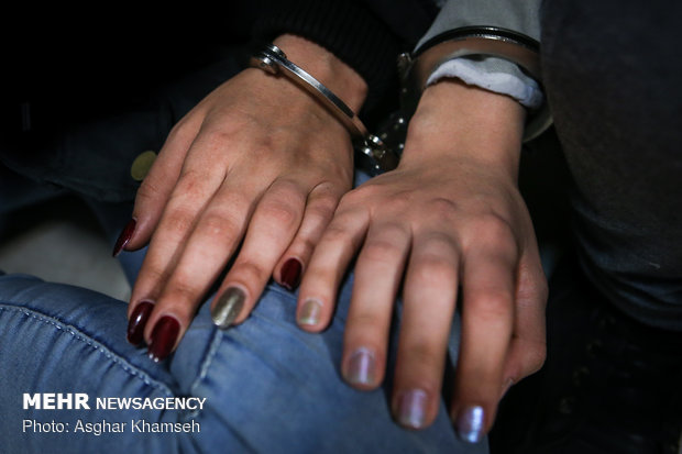 زن کودک ربا در میدان میوه و تره بار در حین ارتکاب جرم دستگیر شد