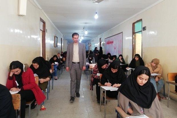 ۱۱۶۰۰ کنکوری در استان سمنان با هم رقابت میکنند