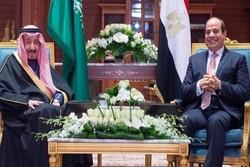 Mısır Cumhurbaşkanı, Kral Selman'la ikili ilişkileri görüştü