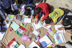 مروجان کتابخوانی در روستا به دنبال تغییر نسل آینده/ دانش آموزانی که بیشتر می خوانند