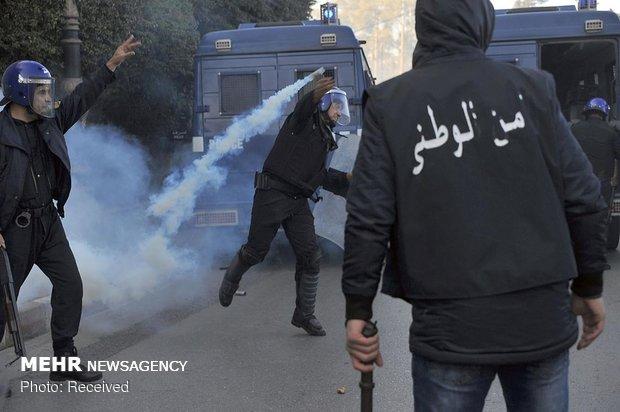 تظاهرات ضددولتی در الجزایر