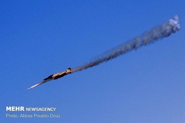 Iranian fighter destroys naval target by firing 'Nasr Missile'