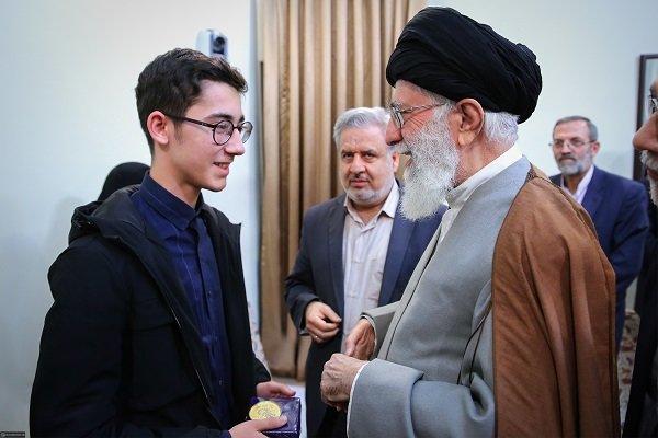 Leader praises chess player for refusing to play against Israeli opponent