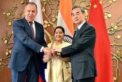 Rusya, Çin ve Hindistan'dan üçlü zirve