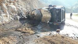 واژگونی تانکر سوخت در دهدز ۲ نفر را به کام مرگ کشاند