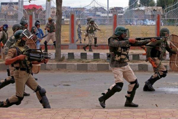 کشمیر میں بھارتی فوج کی فائرنگ سے 7 علیحدگی پسند ہلاک