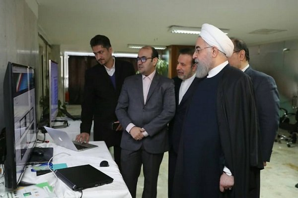Rouhani unveils anti-corruption system at labor ministry
