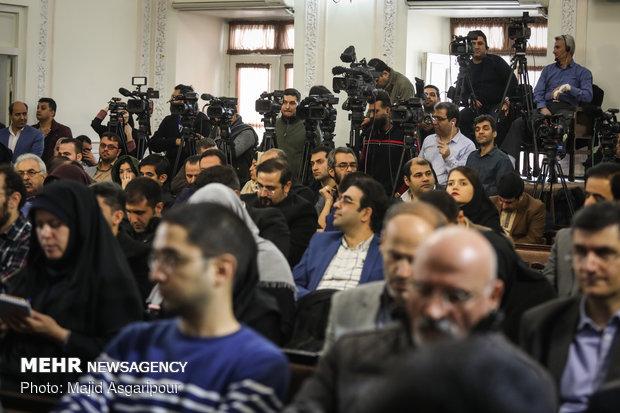 Tehran's mayor attends 1st presser