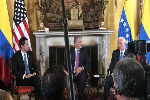 «مایک پنس» با رهبر شورشیان ونزوئلا دیدار کرد