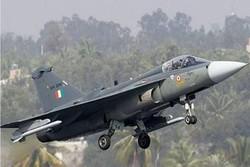 بھارتی فضائیہ کا جنگی طیارہ گر کر تباہ