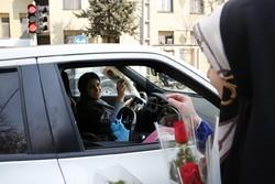 اهداء الورود بمناسبة ولادة السيدة فاطمة الزهراء (ع)