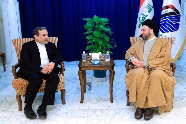 Araghchi, Hakim confer on regional developments
