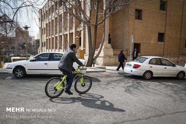 Modern power trains showcased in Tehran