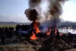 میکسیکو میں ایک مسافر طیارہ گر کر تباہ