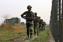 Video: Indian forces deployed to Pakistan border