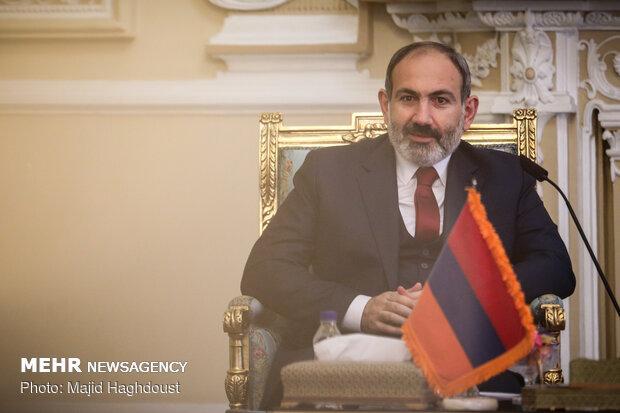 Ermenistan Başbakanı tarihi kent İsfahan'da