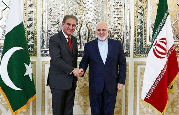 FM Zarif urges Pakistan's restraint in tensions with India