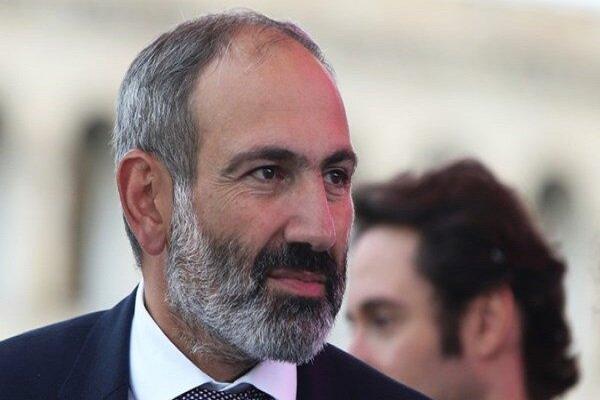 رئيس وزراء ارمينيا يدعو الى تطوير التعاون الاقتصادي بين طهران ويريفان