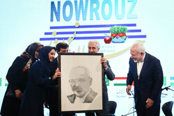 "مؤتمر ""عالم النيروز"" بحضور ظريف / صور"