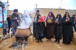 """مهرجان """"حلوى السمنو"""" في مدينة """"درق"""" في خراسان الشمالية/صور"""