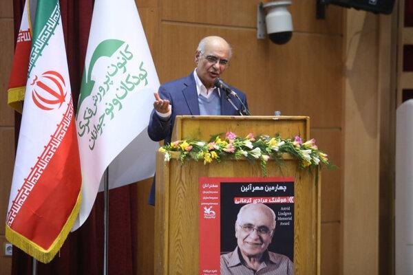 روایت مرادی کرمانی از قهر نویسندگان ایرانی با نوشتن