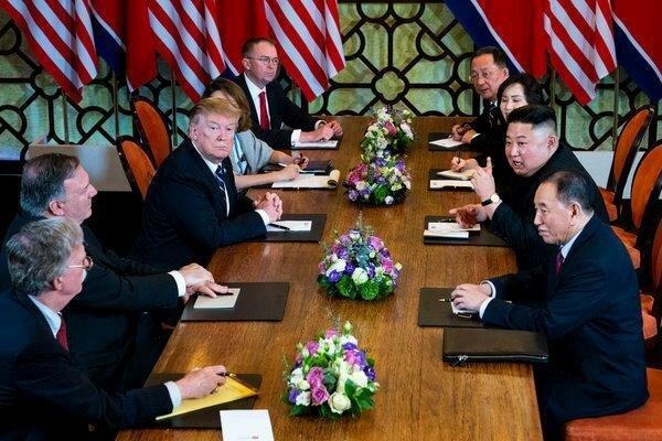 لقاء تاريخي لترامب واون على حدود الكوريتين