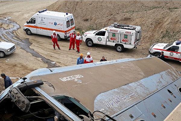 واژگونی اتوبوس تبریز- تهران/ ۲ نفر جان باختند