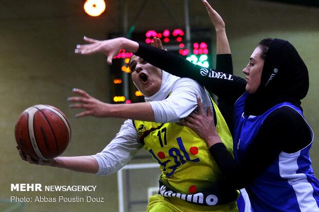 """مباراة فريقي """"نامي نو"""" و""""الجامعة الحرة"""" لكرة السلة للسيدات"""