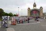 ماریو بارگاس یوسا مهمان ویژه نمایشگاه کتاب پراگ شد
