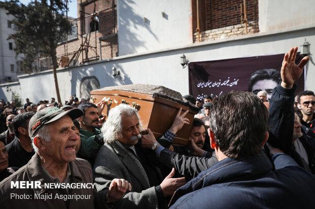 تشييع الفنان الايراني خشايار الوند