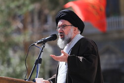 Holding talks with oath-breaking US is madness: senior cleric