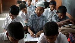 بھارتی اسکولوں میں مسلمان بچوں کو خوفزدہ کیا جانے لگا
