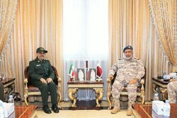 Iran, Qatar discuss ways to boost military cooperation