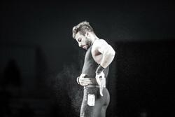 کیانوش رستمی از ادامه رقابتهای جهانی انصراف داد