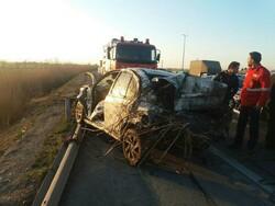 سانحه رانندگی  در اتوبان ساوه به همدان/ یک کشته و ۴ زخمی