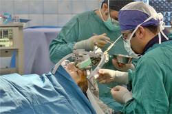 الجراحون الايرانيون يقدمون للعالم أحدث طريقة للقضاء على الاورام الخبيثة في الدماغ