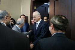 ایران کے وزير خزانہ سے آذربائیجان کے وزیر خزانہ و صنعت کی ملاقات
