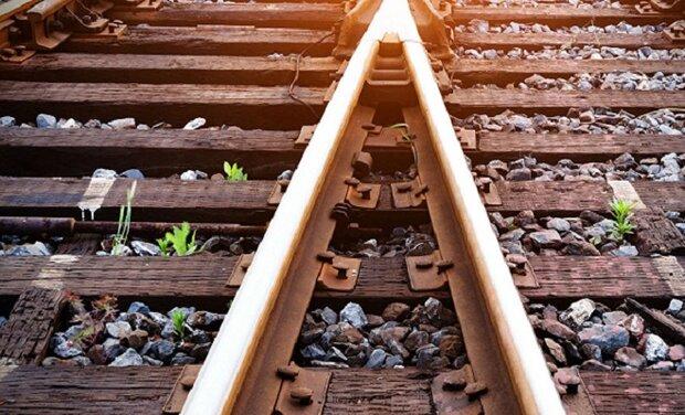 Iran accomplishes Khaf-Herat railroad infrastructure: dep. min.