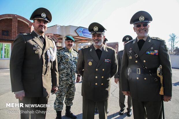 """مراسم حفل تخرج دفعة جديدة من طلاب جامعة """"دافوس"""" العسكرية"""