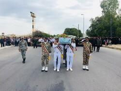 مراسم تشییع پیکر شهدای گمنام در جزیره خارگ برگزار شد
