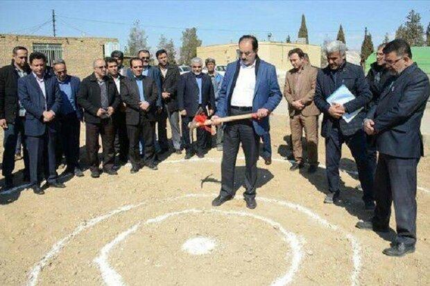 عملیات اجرایی گلخانه ۱۰هزار مترمربعی دانشگاه آزاد دامغان آغاز شد